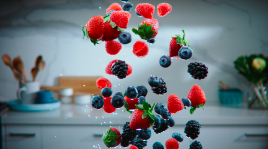 Berries orbit to Strauss in Driscoll's new 'Only the Finest' campaign via Bastion – Bengar Films
