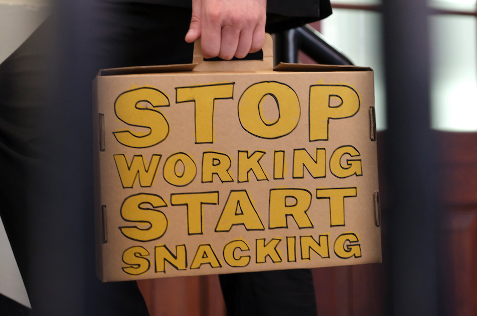 Cracker Barrel encourages workplace 'Snacktivism' in new work via Havas Melbourne