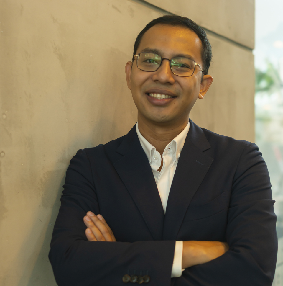 TBWA\Singapore lures Ben Israel to global brand director role on blue-chip Singapore Airlines account
