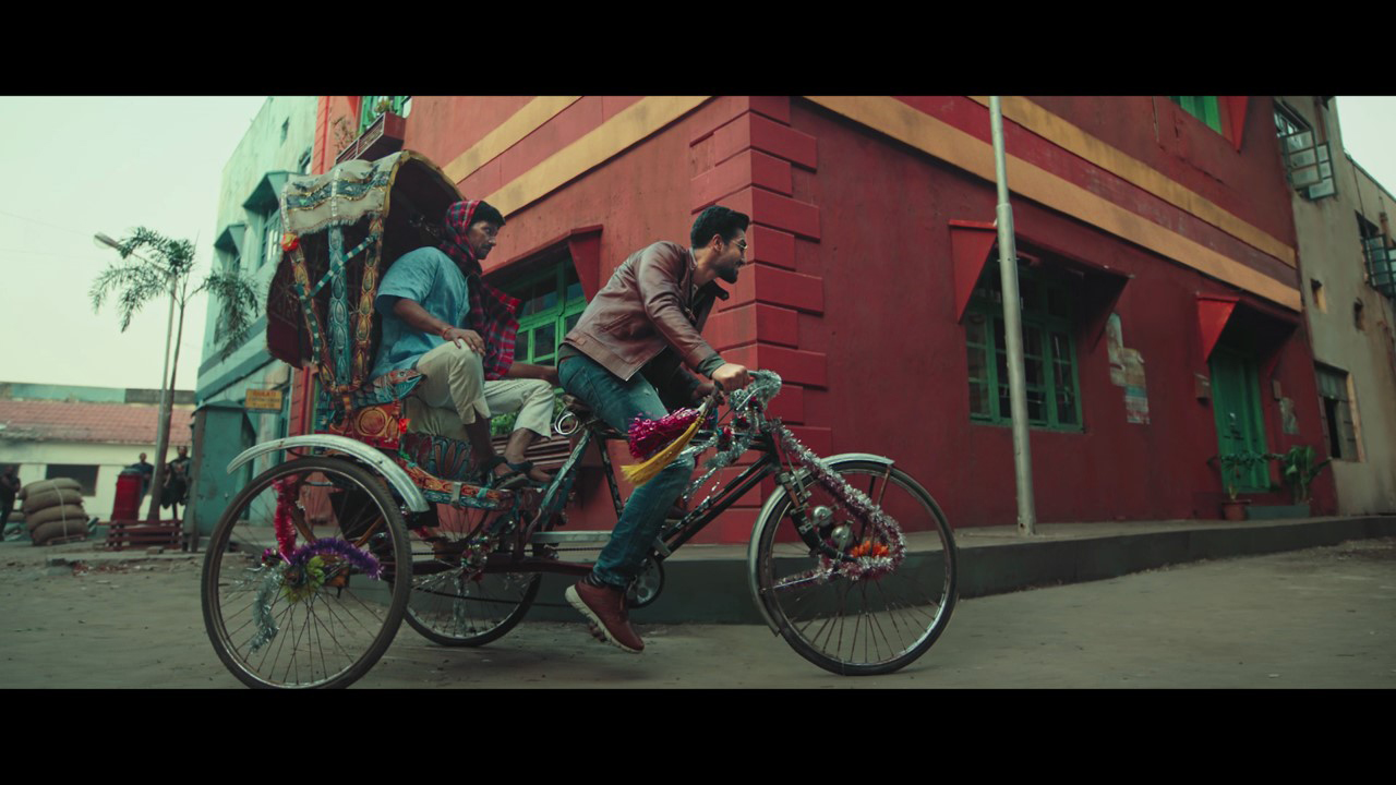 ADK Fortune launches 'Khel Gaye Chief' with Vicky Kaushal highlighting Red Chief leather shoes' strength and comfort