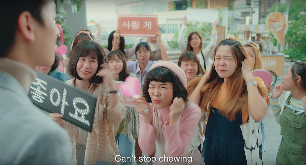 Dentyne creates new chewing gum language in latest campaign via Leo Burnett Thailand