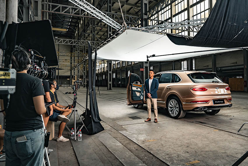 The new Bentley Bentayga makes its debut in Asia-Pacific with a first-ever interactive virtual experience via Keko Singapore