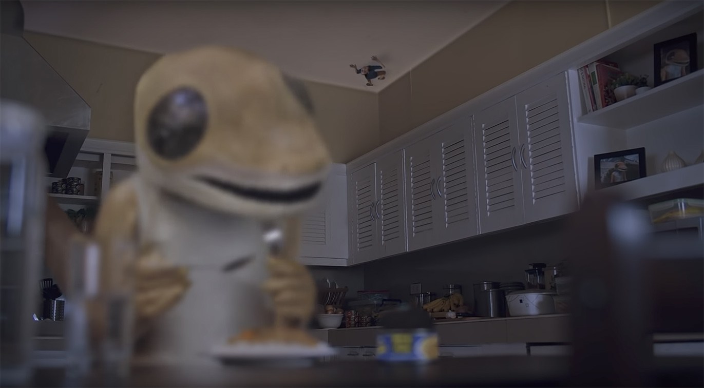 Even the lizard on the ceiling wants to eat Mega Tuna in GIGIL Philippines latest campaign