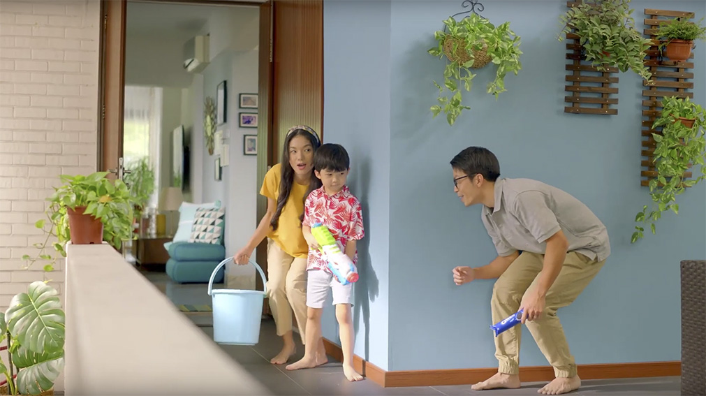 Oreo keeps Songkran traditions alive at home in new campaign via Publicis Groupe Indonesia