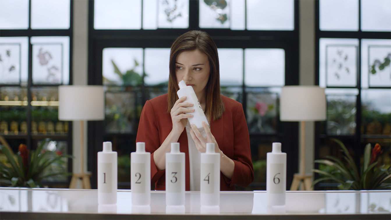 Wunderman Thompson Singapore's latest campaign puts LUX long-lasting fragrance and smell expert Laurine Sautour to the test