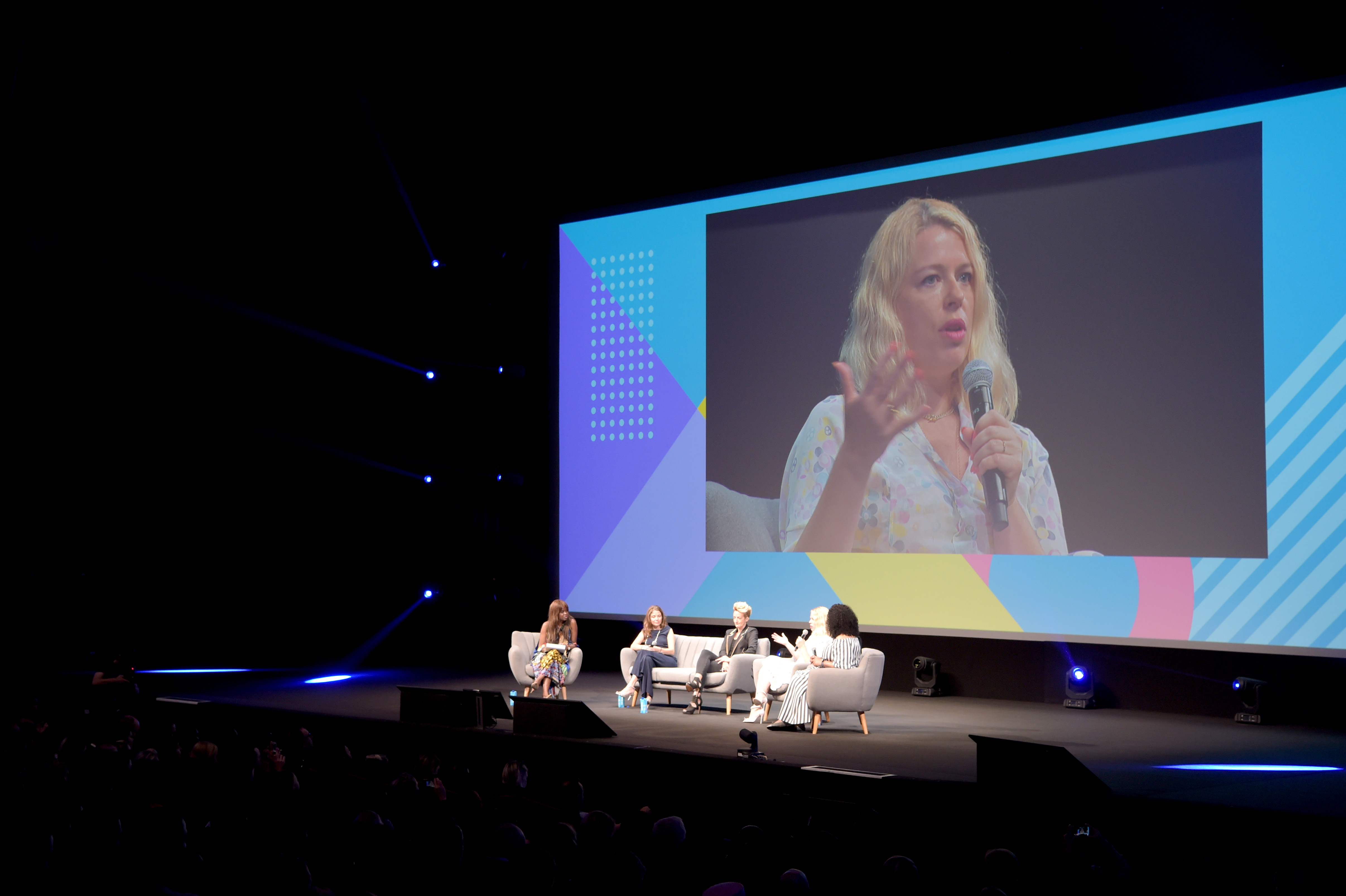 SHONDA RHIMES AND DOVE CALL ON BRANDS TO TAKE RESPONSIBILITY FOR IMAGES THEY USE IN MEDIA AND ADVERTISING AT 'TIME TO STEP UP' PANEL IN CANNES