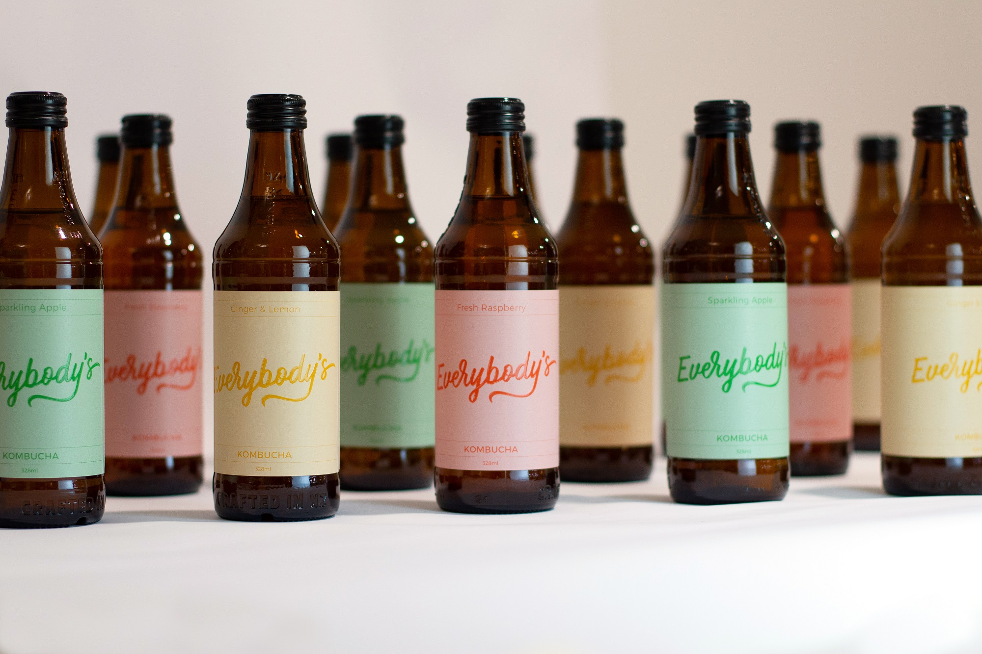 WAVE Creative Communications Agency creates branding for new drink Everybody's Kombucha